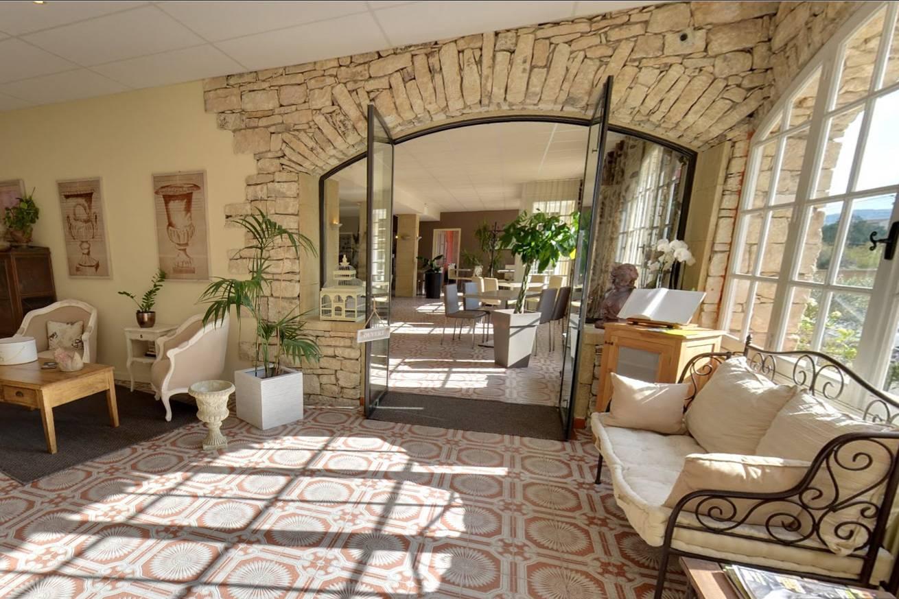 H tel 3 toiles apt en provence le manoir pr s du mont for Hotel design sud france