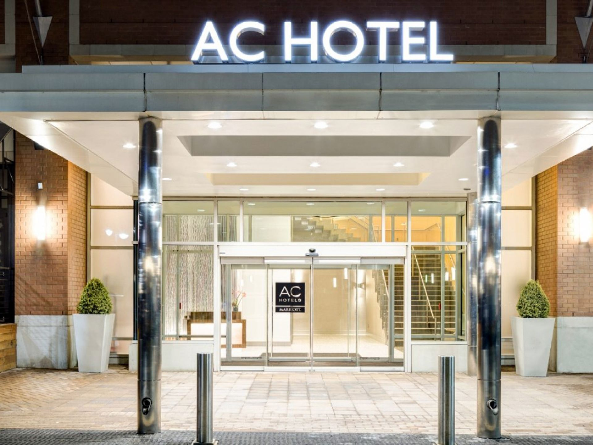 H tel 4 toiles au v lodrome ac hotel marseille hotel for Hotels 4 etoiles marseille