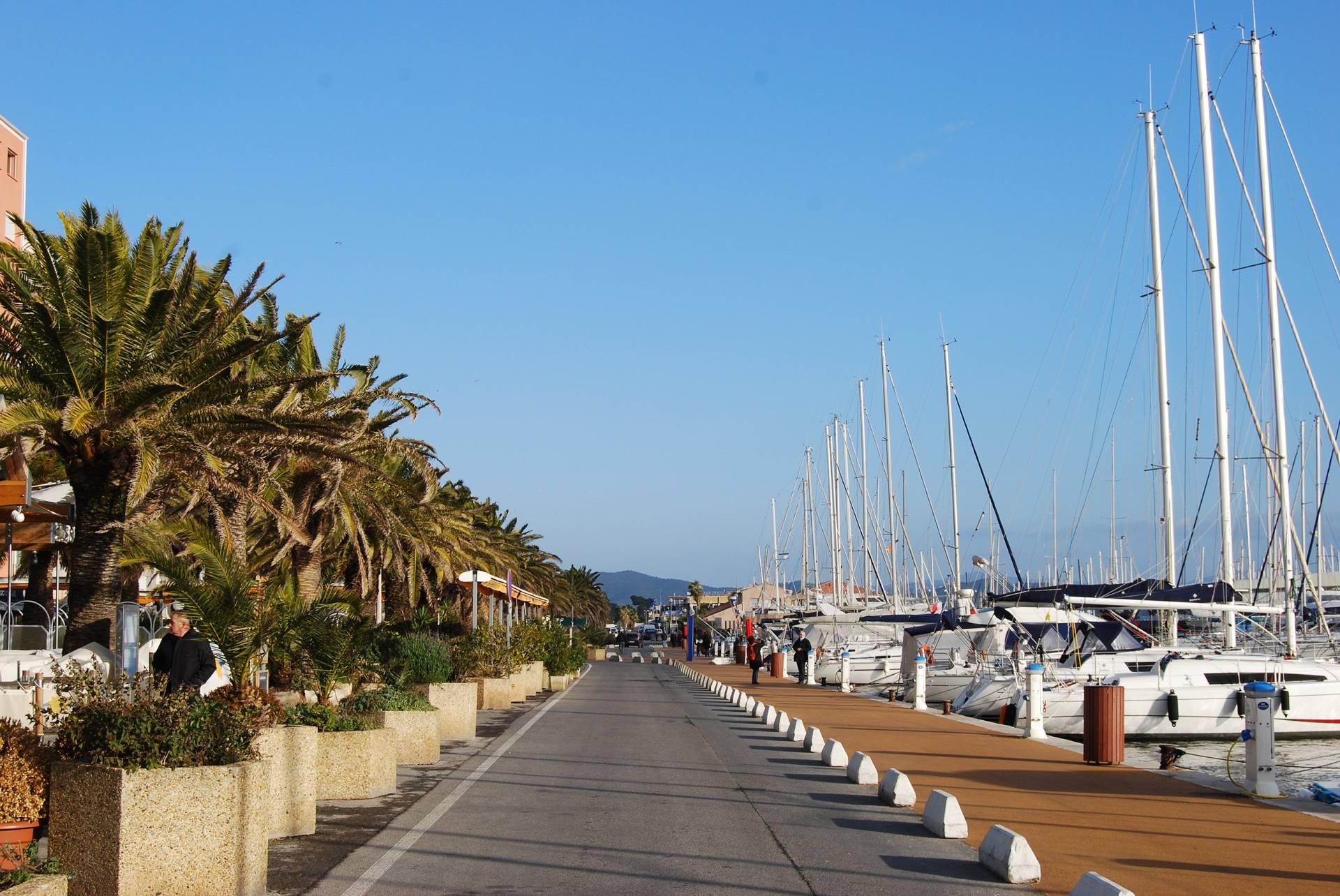 H tel en bord de mer hy res lido beach avec acc s direct la plage hotel france sud h tel - Restaurant hyeres bord de mer ...