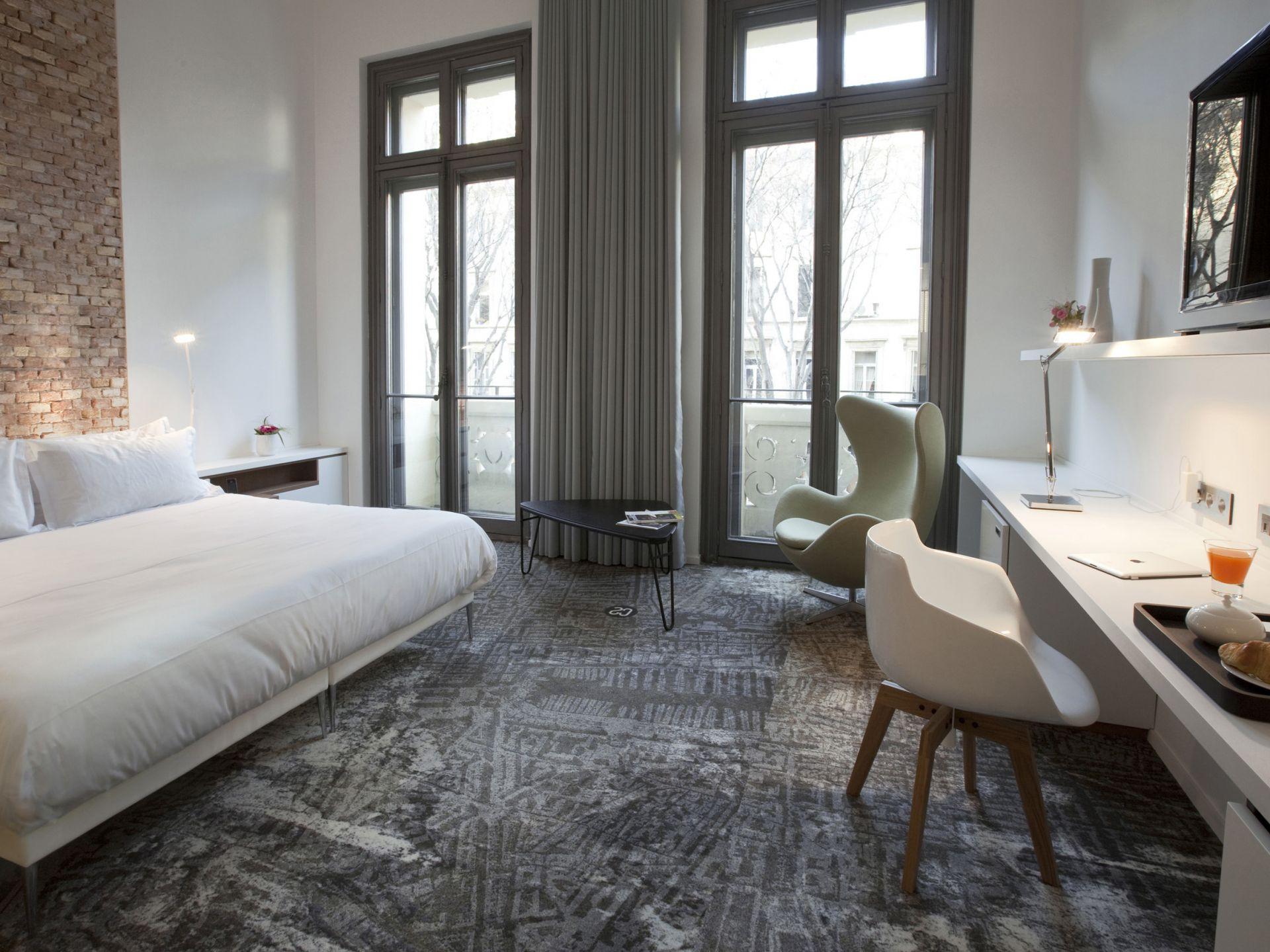 H tel 4 toiles au v lodrome ac hotel marseille hotel for Hotel au sud de la france