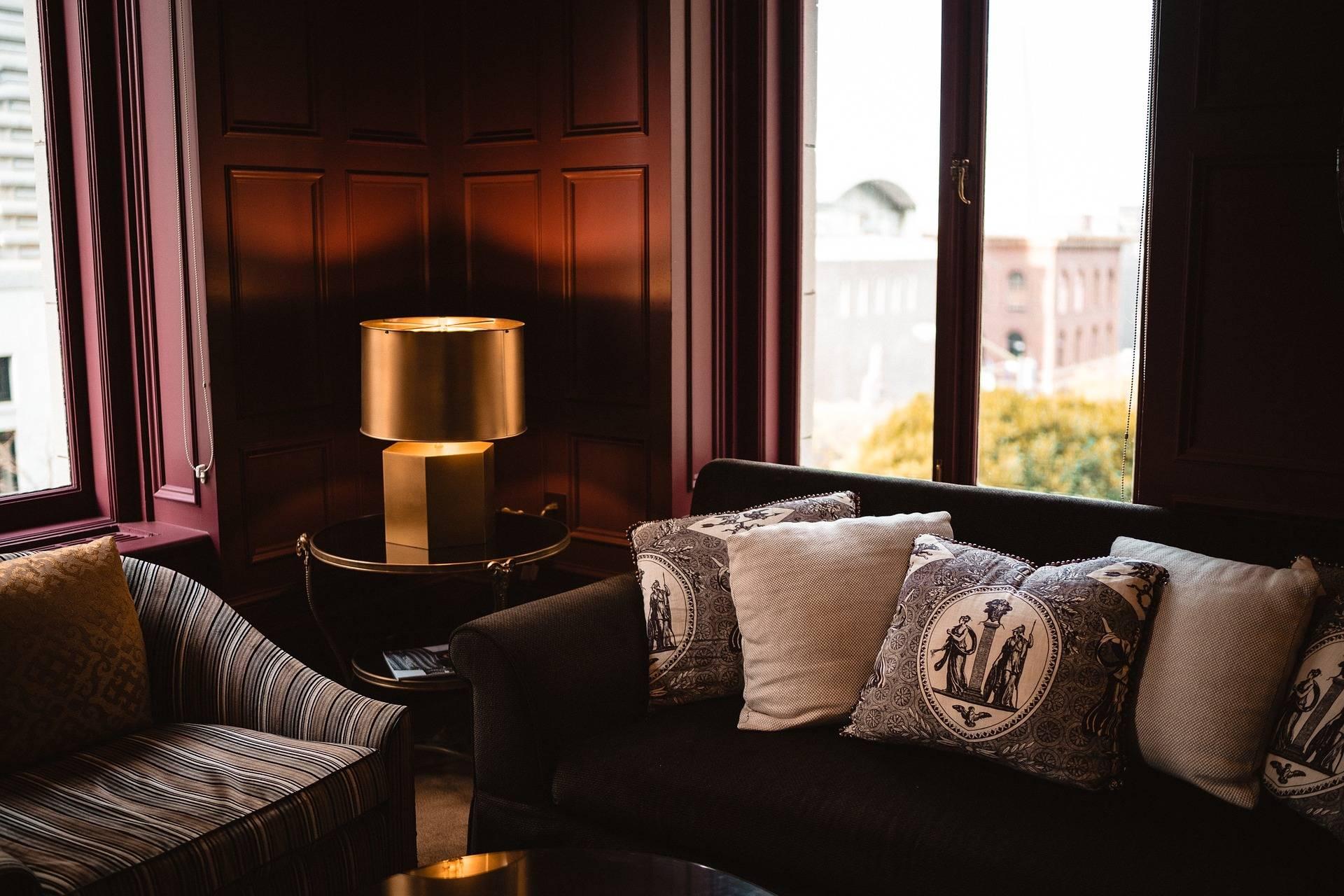 mobilier moderne chic et design nice hotel france sud h tel de la c te d 39 azur dans le sud. Black Bedroom Furniture Sets. Home Design Ideas