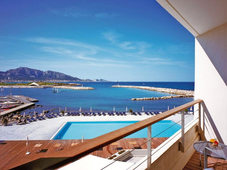 H tel 4 toiles en bord de mer marseille pullman palm for Hotels 4 etoiles