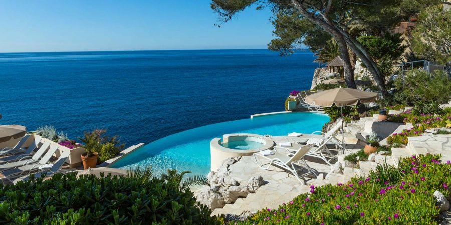 Jouer ou faire un parcours au golf resort 4 toiles dolce - Hotel 5 etoiles rome avec piscine ...